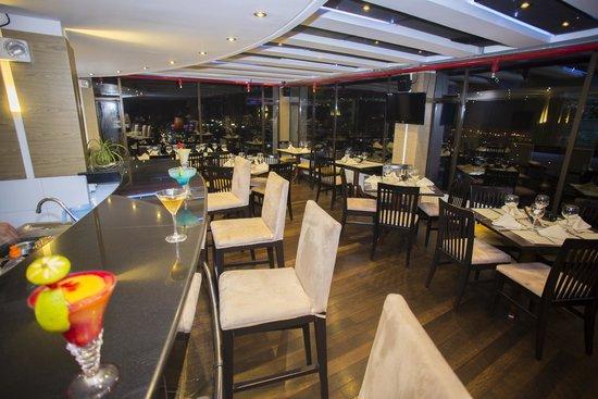 Foto de hotel barranquilla plaza barranquilla for Cocinas barranquilla