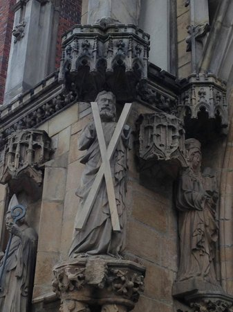 Cathedral of St. John the Baptist: St Andrew's figure guarding the entrance