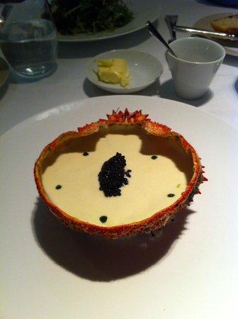 Le Violon d'Ingres : A delicious araignee de mer concoction with a dollop of caviar