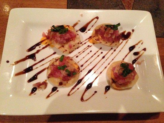 City Range Steakhouse Grill: Tuna Won Tons