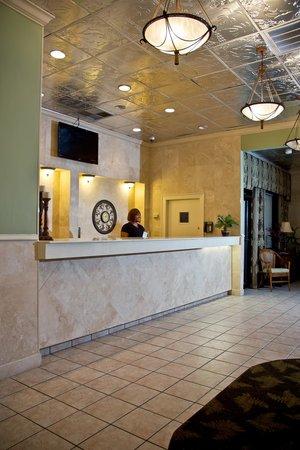 Sands Beach Club Resort: Lobby