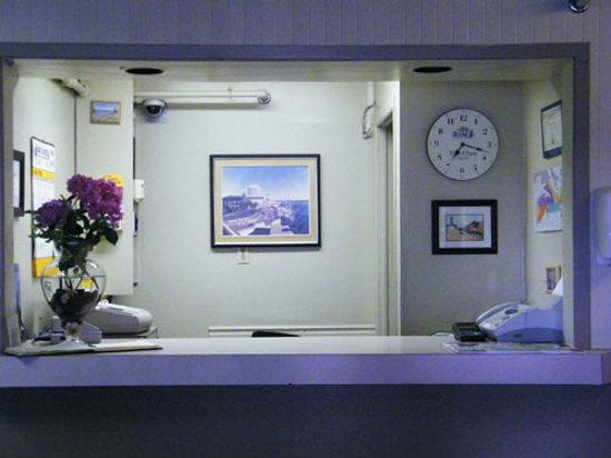Chebucto Inn Front Desk