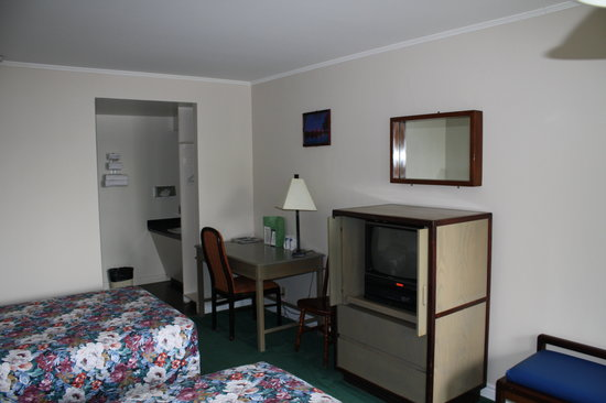 Chebucto Inn: Room