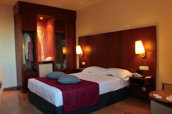 Vincci Ciudad de Salamanca : Bedroom pic1