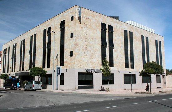Vincci Ciudad de Salamanca: Hotel corner view