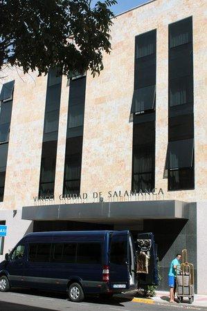 Vincci Ciudad de Salamanca: Hotel frontage