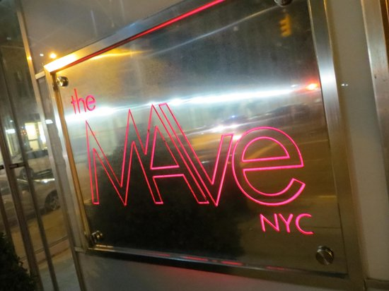 The MAve Hotel: entrance