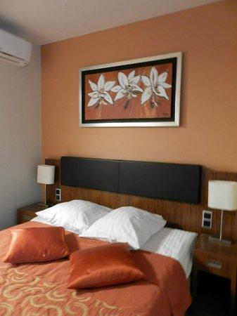 Hotel Avalon: Decoração do apartamento