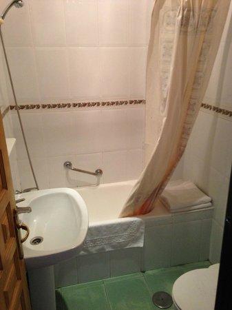 Hotel Playamaro: baño