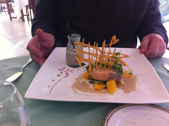 L'Oree des Bois: Duo of Fish with Cream of Mushroom Soup