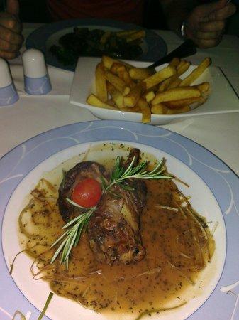 Gabor Restaurant: Lovely lamb shank with rosemary