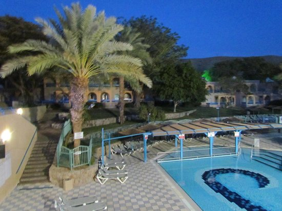 Club In Eilat : hotel swimming pool area