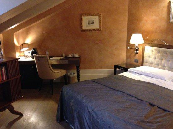 Hotel Moresco : Camera superior 302