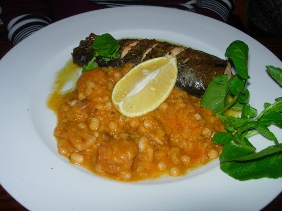 Berties Restaurant & Bar: Local trout with sausage cassoulet
