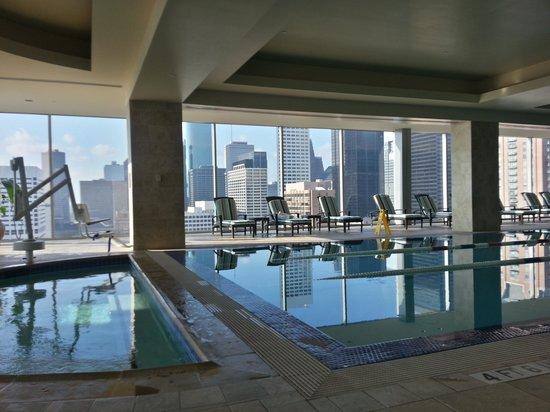 Hilton Americas - Houston: pool