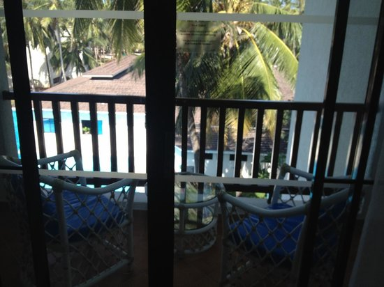 Diani Reef Beach Resort & Spa : The Balcony of an ocean facing standard room