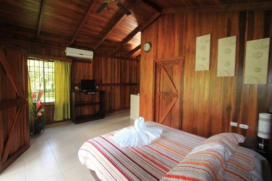 Hotel Rancho Cerro Azul : Inside the cabin
