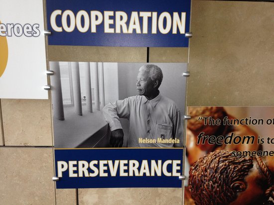 National Underground Railroad Freedom Center: Mandela