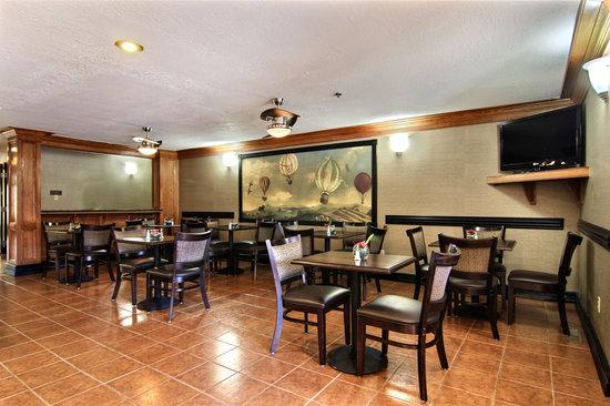 Comfort Suites Albuquerque: Breakfast Area