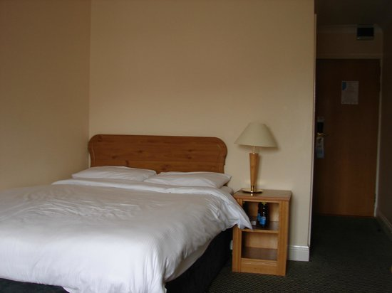 Waterford Marina Hotel: bedroom