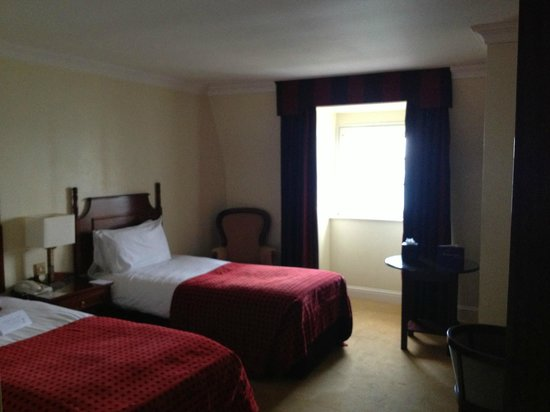 Bayview Hotel: our twin room