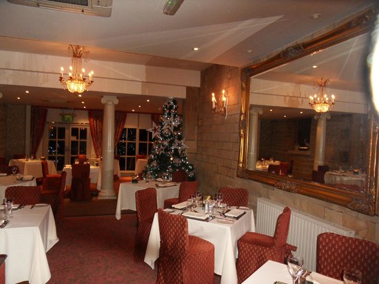 Ringwood Hall Hotel : dining/breakfast room