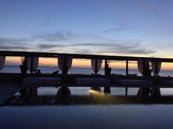 Serena Hotel Punta del Este : Praia e piscina