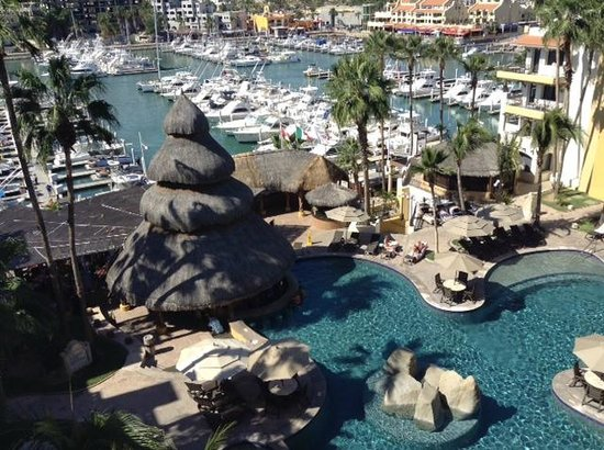 Marina Fiesta Resort & Spa : RM 619- lots of sun- beautiful view!