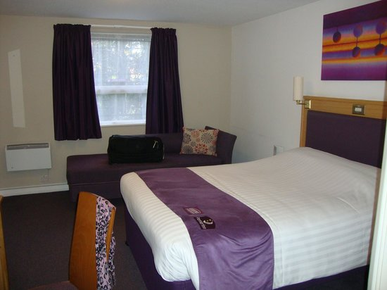 Premier Inn Liverpool (West Derby) Hotel: family room