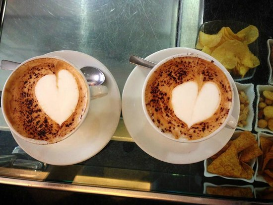 Caffe Piave : cappuccinos