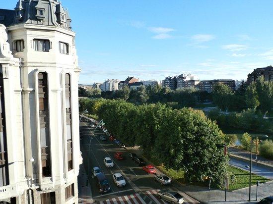 Hotel Riosol León: Vista del rio desde el 5to piso