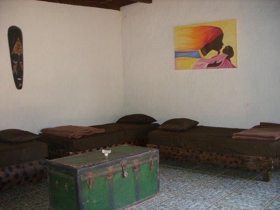 Centro Haliama : Interior cabaña