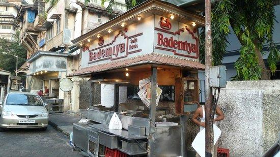 Bademiya : Best seekh kebabs