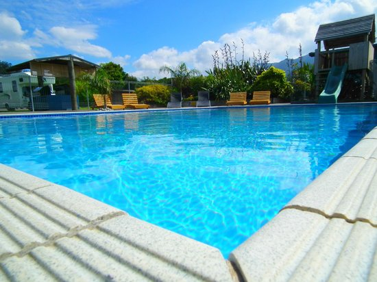 Heated swimming pool picture of coromandel top 10 for Top 10 swimming pools