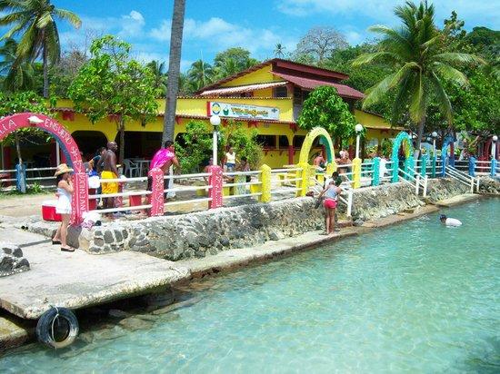 Hotel Villa Ensueño: Beach front area