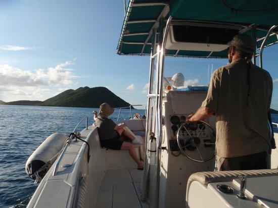 Vilocity Boat Rentals : headed home