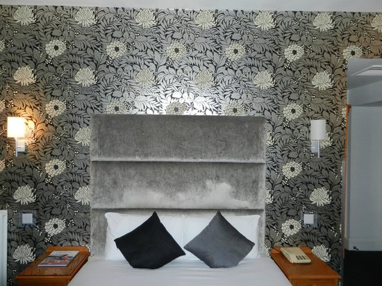 Kings Hotel: Interior