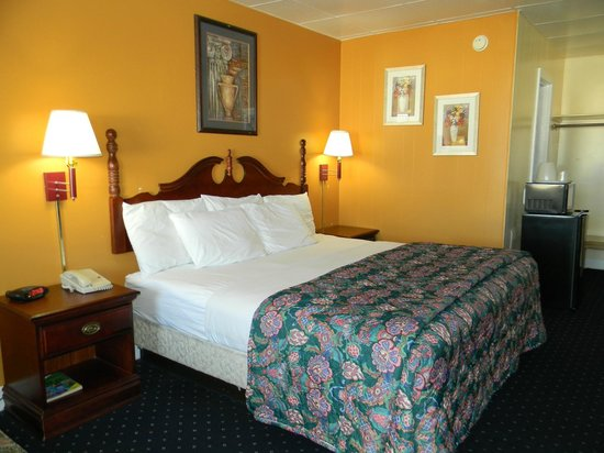 Fairfax Motel : King Bed