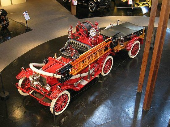 Heritage Museums & Gardens: Antique Fire Engine