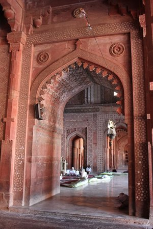 Jama Masjid: portico