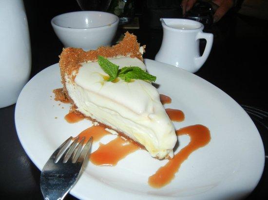 Rita's Finest Steak & Fish House: creamiest cheescake ever!