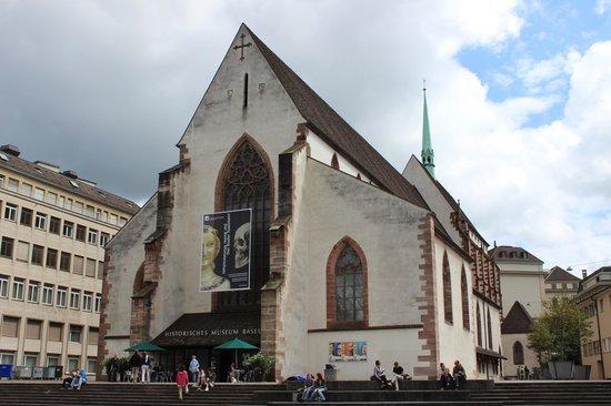 HMB - Museum für Geschichte : Здание музея - в бывшем монастыре францискацев