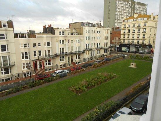 Marine View Hotel Brighton : View