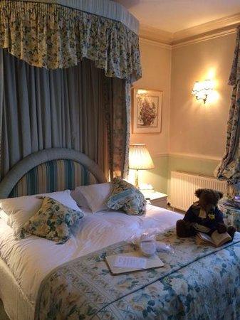 Tasburgh House: The 'Wordsworth' room