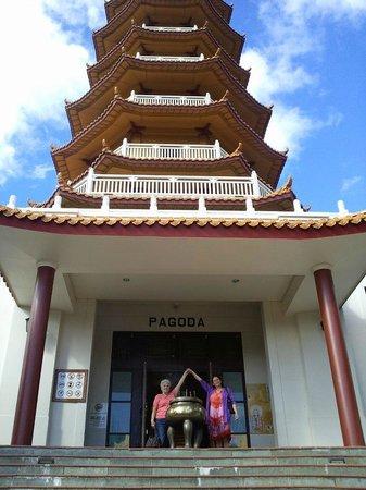 Nan Tien Temple : Just 1 of the massive amazing Pagoda's......