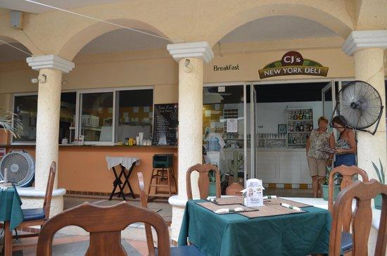 Marisol Boutique Hotel: Restaurante en la planta baja (independiente del hotel)