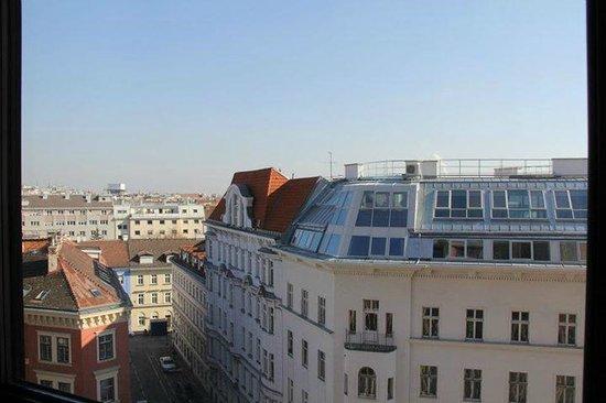 Hotel ibis Wien Mariahilf: view
