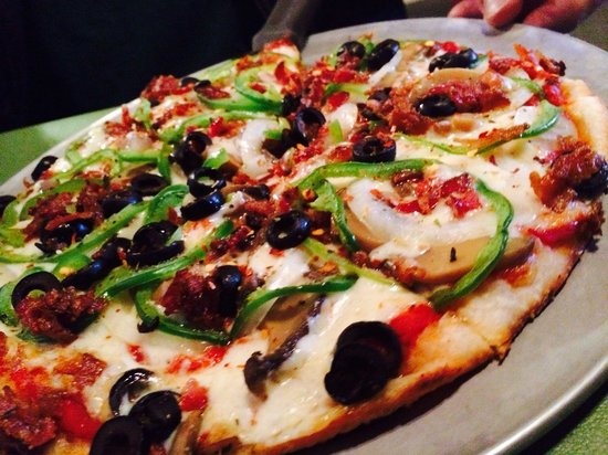 Villa Pizza & Pasta: Veggies with bacon!