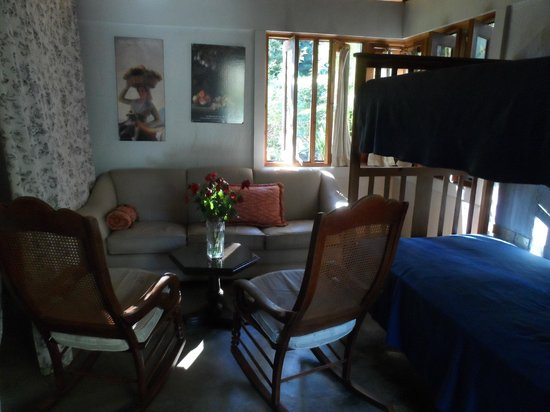Rancho Olivier Bed & Breakfast: Sala de la habitación del Escape Romántico