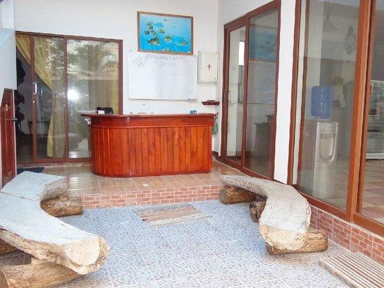 Recepcion, Hotel Sula Sula, Galapagos, Ecuador